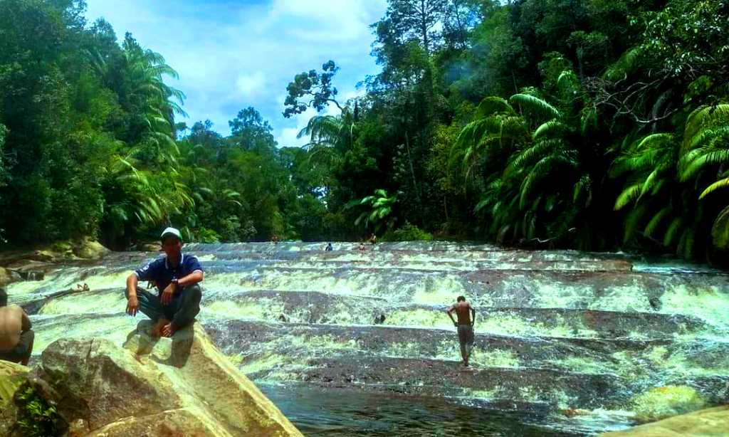 Sungai Hitam di Nunukan, Kalimantan Utara, dekat perbatasan Indonesia - Malaysia
