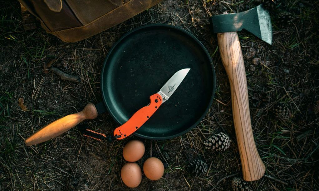 Peralatan survival di alam bebas